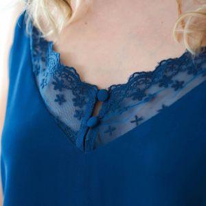 Camiseta lencera tirantes azul 4