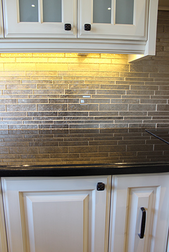 Toronto, Thornhill Custom Classic Kitchen Design on Backsplash With Black Granite  id=41269