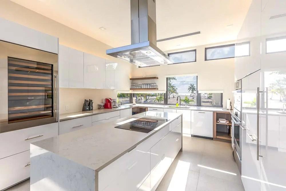 BC8A9426 HDR Edit - White Dahlia Real Estate
