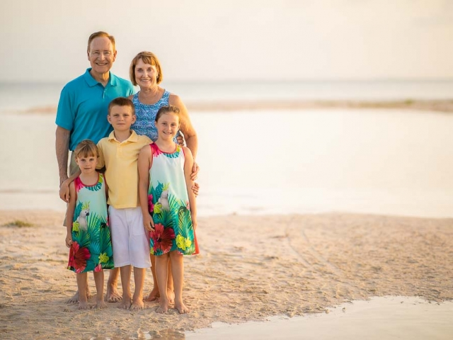 BC8A1462 640x480 c - Cayman Family Photographer