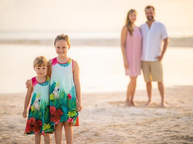 BC8A1489 640x480 c - Cayman Family Photographer
