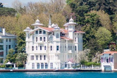 Nineenth century villa on the shores of the Bosphorus