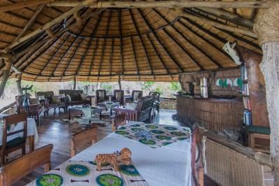 Malawi - Mvuu Lodge Lounge