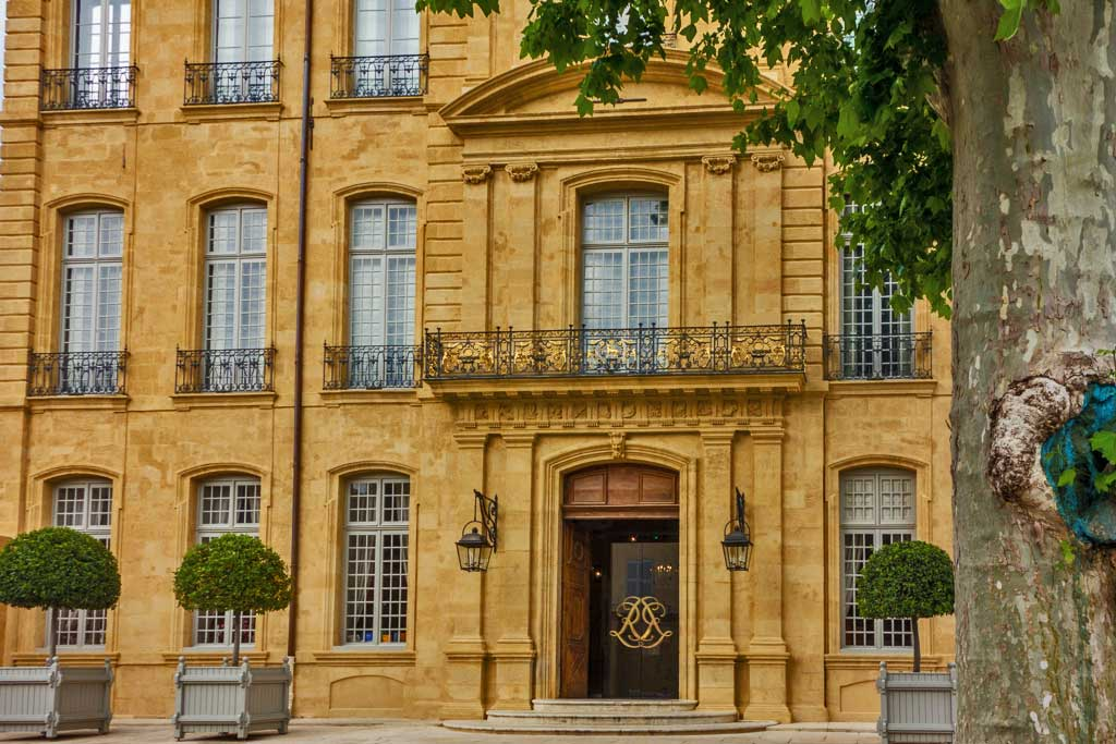 Aix-en-Provence Baroque Landmark Reborn as Art Center