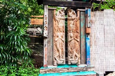 Santhiya-Garden gate;