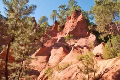Roussillon. The Ochre Trail (2).