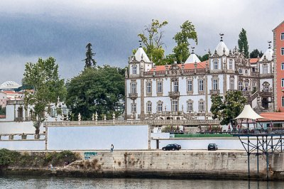 A few miles upstream from Porto, the 18th century Freixo Palace, designed by Italian architect Nicolau Nasoni was recently converted into a luxury boutique hotel.