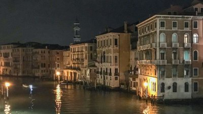 Winter is the best time of year to enjoy the splendors of Venice by night - the Grand Canal