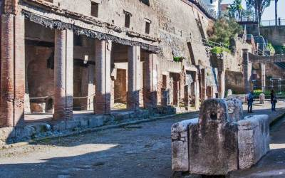 Herculaneum-Fountain1.