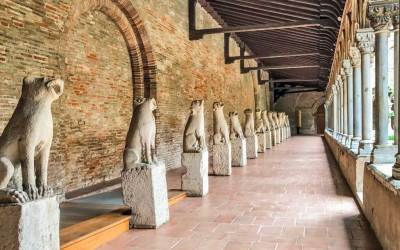 The cloister of the Musée des Augustins is home to a colony of gargoyles.