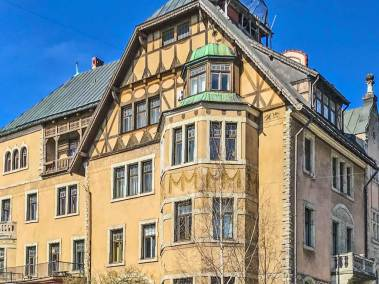 Art Nouveau buildings can be found throughout the city (2)