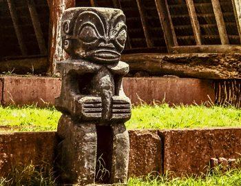 Marquesas-Nuku Hiva Hikikua.