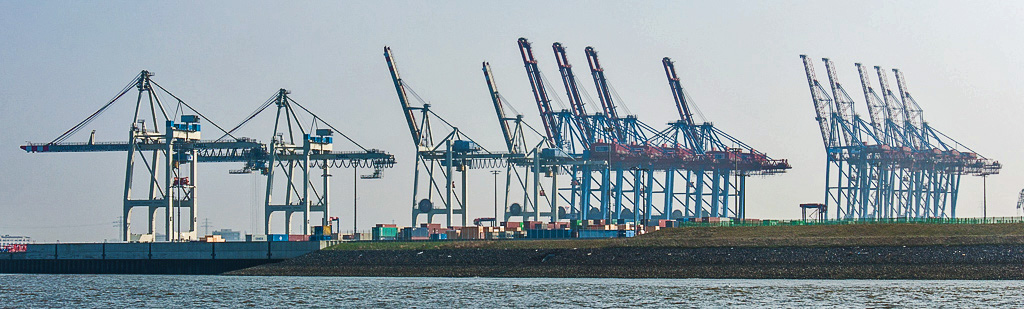 Hamburg-Container Port.