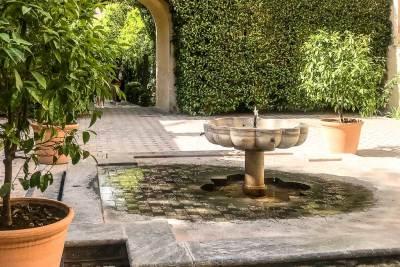 Fountains of the Alcázar (1).
