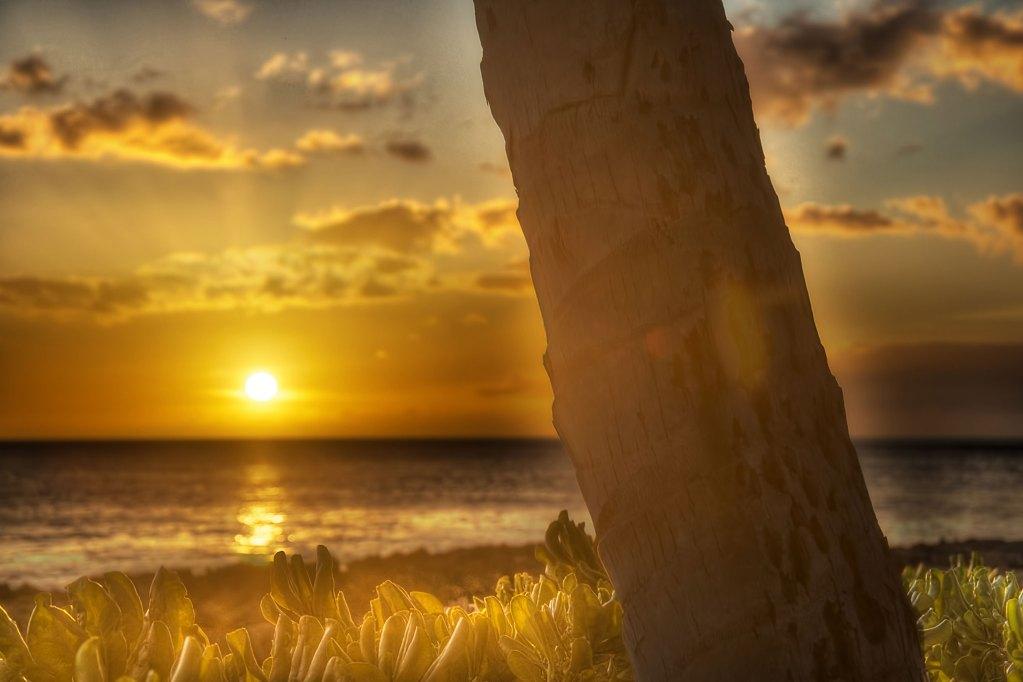 Lanikuhonua Sunset