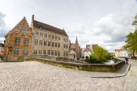 20160430 - 094430 - _MG_0851 - Brugge, dag 2 - Canon7D - +0 stop_+2 stop_-2 stopEnhancer01