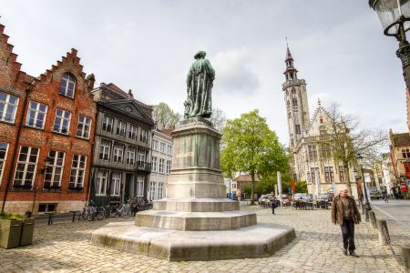 20160430 - 095524 - _MG_0861 - Brugge, dag 2 - Canon7D - +0 stop_+2 stop_-2 stopEnhancer01