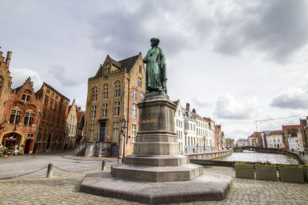 20160430 - 095702 - _MG_0864 - Brugge, dag 2 - Canon7D - +0 stop_+2 stop_-2 stopEnhancer01