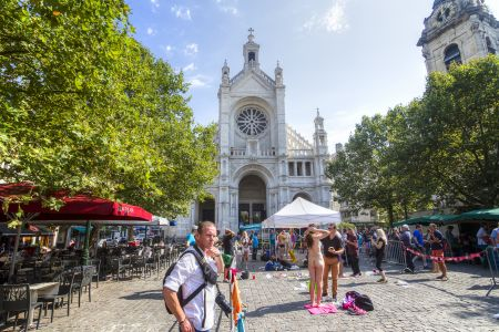 20160827 - 121130 -  MG 3226 - Brussel (B) - Canon EOS 7D - +0 Stop +2 Stop -2 StopEnhancer01