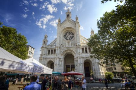 20160827 - 121353 -  MG 3230 - Brussel (B) - Canon EOS 7D - +0 Stop +2 Stop -2 StopEnhancer01