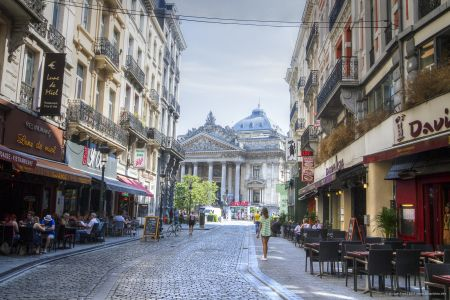 20160827 - 130533 -  MG 3263 - Brussel (B) - Canon EOS 7D - +0 Stop +2 Stop -2 StopEnhancer01