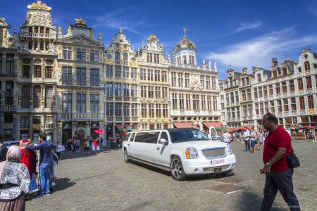 20160827 - 132415 -  MG 3283 - Brussel (B) - Canon EOS 7D - +0 Stop +2 Stop -2 StopEnhancer01