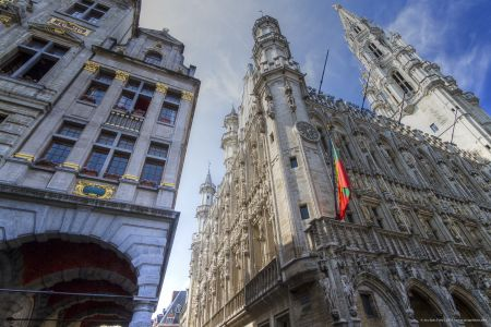 20160827 - 132921 -  MG 3291 - Brussel (B) - Canon EOS 7D - +0 Stop +2 Stop -2 StopEnhancer01
