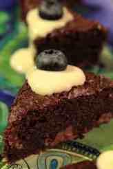 Kolmen suklaan browniet