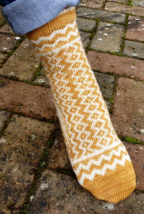 Jo Torr Jagged Edge socks
