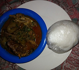 myan busheshen kubewa served with Tuwo shinkafa