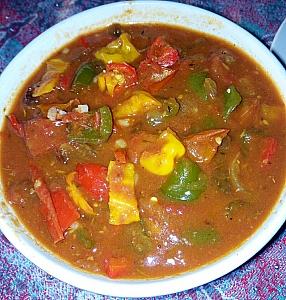 Stuffed pepper soup in a plate