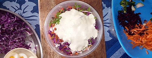 Salad with salad-cream topping