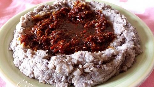 Ewa agoyin served with agoyin stew