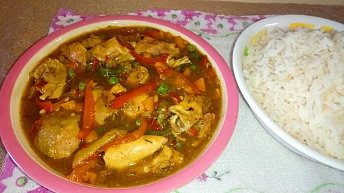 Chicken sauce is best served with white rice