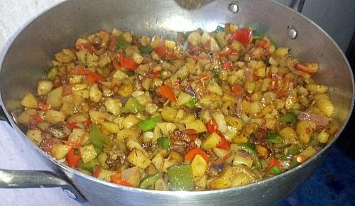 Simple stir fry potatoes for breakfast