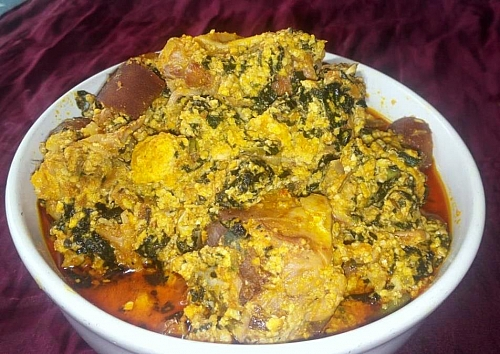 Photo of Egusi Soup Recipe: How to Cook Delicious Egusi Soup (caking method)