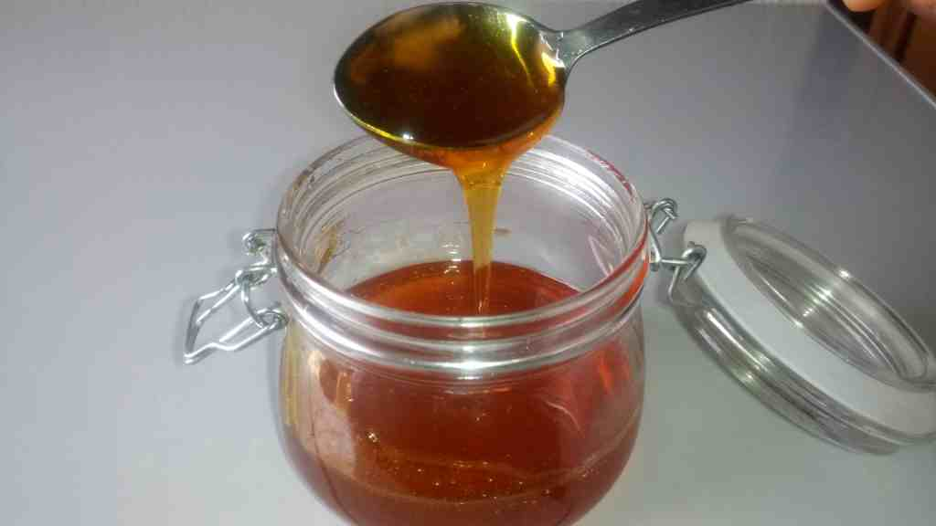How to make salted caramel sauce recipe