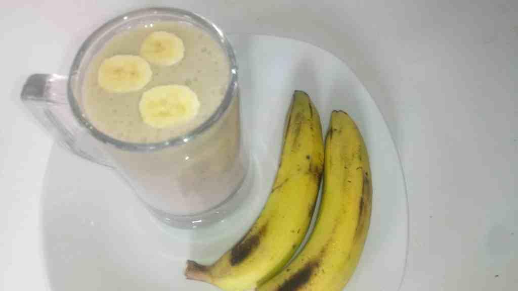 Orange Banana Smoothie Recipe with Yogurt, Milk, and Ice