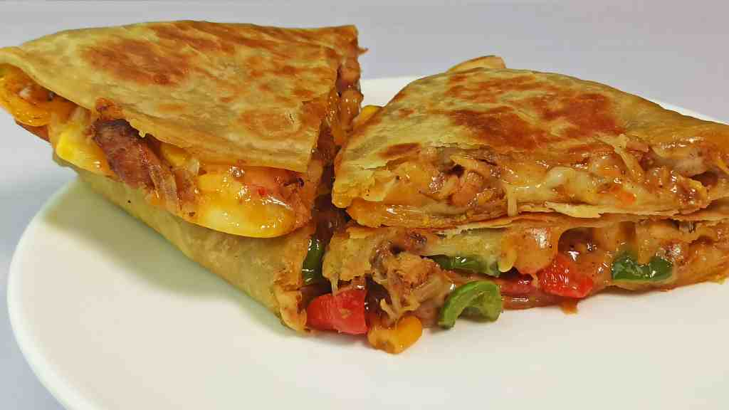 Chicken Quesadilla Recipe with Cheese and Veggies