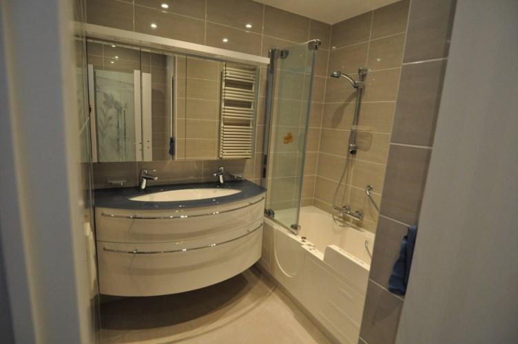baignoire-douche-sur-mesure