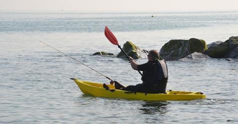 kayak fishing for beginner, saltwater fishing