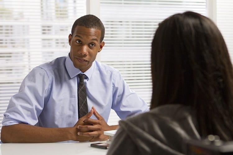 présenter en 5 minutes lors d'un entretien d'embauche/Entretien d'embauche/Entretien