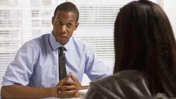 emploi/présenter en 5 minutes lors d'un entretien d'embauche/Entretien d'embauche/Entretien