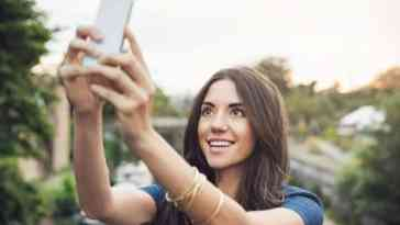 Addiction au smartphone et aux selfies