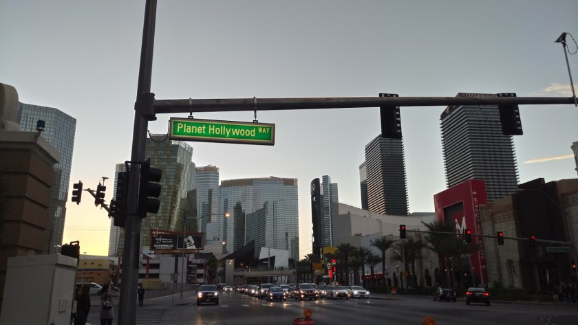 This image has an empty alt attribute; its file name is vegas6-1024x577.jpg