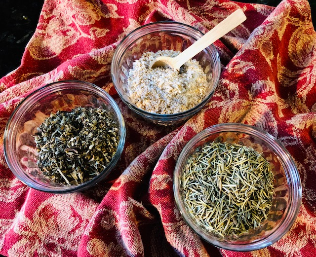 10 DIY Seasoning Blends