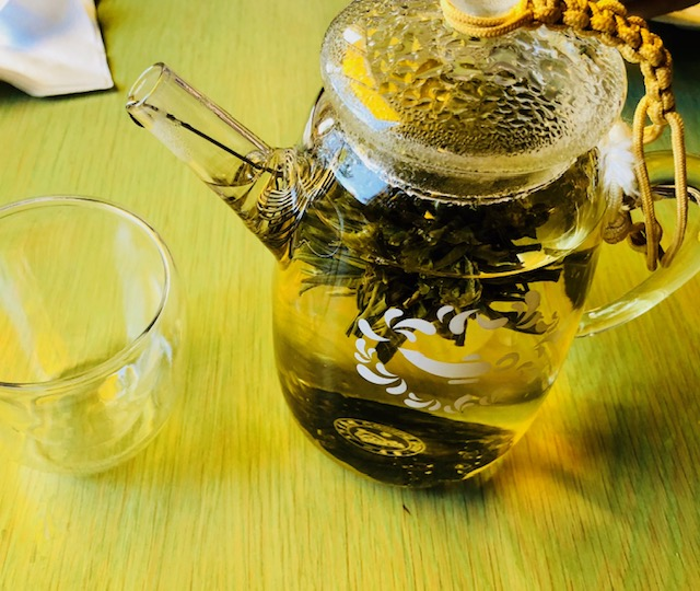 6 Teas that Soothe Anxiety Passionflower