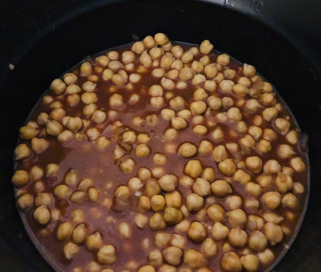 Curried Chickpeas in the Pressure Cooker