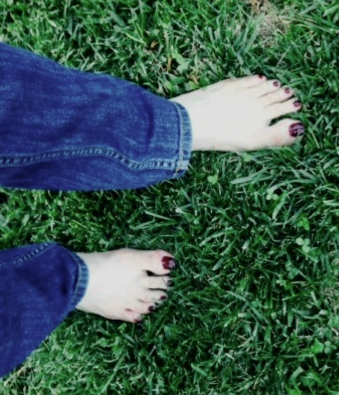15 Two Minute Health Boosters earthing