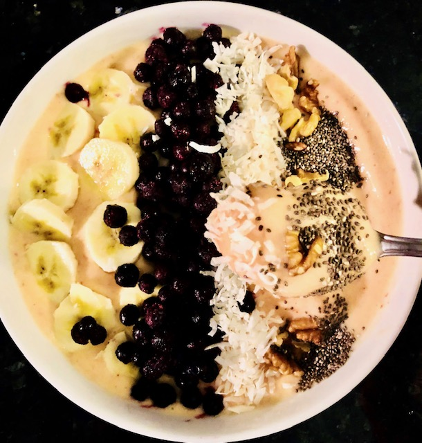 Recipes for National Blueberry Day smoothie bowl